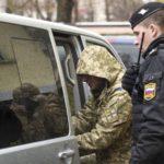 Rusia envía a los marineros ucranios apresados a Moscú