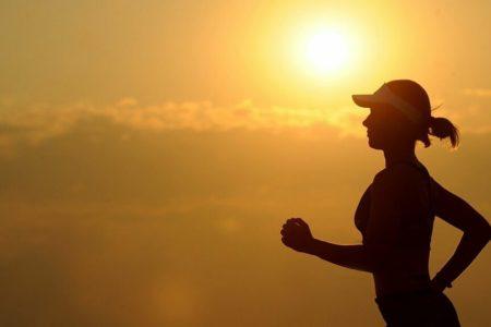 Hacer deporte por la noche no afecta al sueño: otro mito desmontado