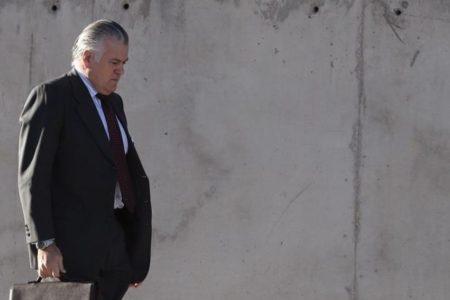 La Policía se habría llevado una copia de los mensajes que Bárcenas intercambió con Rajoy
