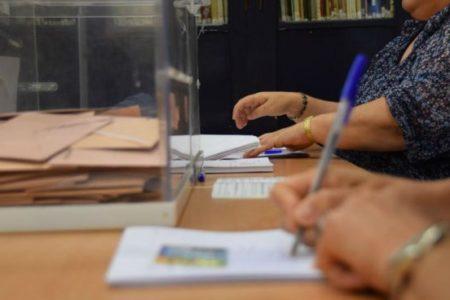 Aplazada la votación en Sanlúcar por falta de papeletas y retraso en dos mesas de Córdoba