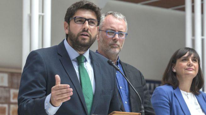 """El presidente de Murcia acudirá a los tribunales contra el """"trasvase cero"""" de Sánchez"""