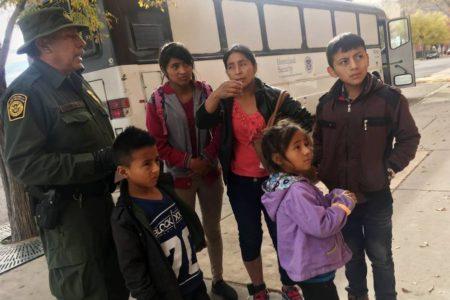 Muere deshidratada una inmigrante de siete años tras ser detenida en la frontera de Nuevo México