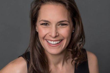 Britt Hermes: La naturópata arrepentida premiada por desmontar la medicina alternativa desde dentro