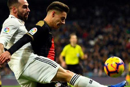 Carvajal y Lucas sostienen al Real Madrid