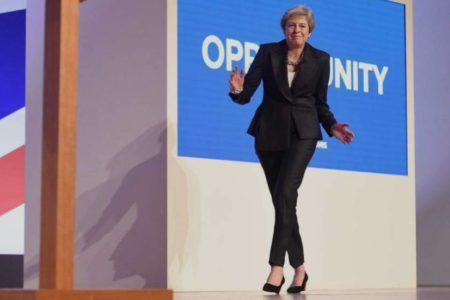 Theresa May, la reina del baile que nunca pudo hacerse con el ritmo