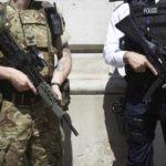 Reino Unido pondrá en alerta a 3.500 soldados en previsión de un Brexit 'duro'