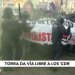 El Govern da marcha atrás y no purgará la cúpula de los Mossos por sus cargas contra los CDR
