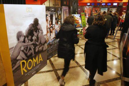 El éxito de 'Roma' en salas impulsa a Netflix y a los exhibidores a negociar