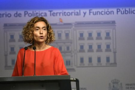 """Batet dice que la Constitución no es """"antidemocrática"""" y vuelve a ofrecer diálogo a los separatistas"""