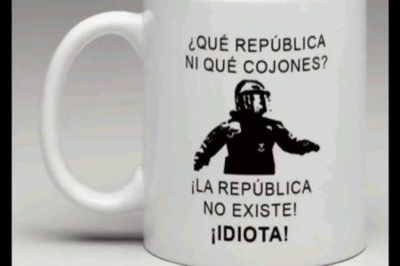 Salen a la venta productos con la frase 'La República no existe, idiota' que un mosso dijo a un manifestante el 21-D