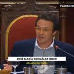 """Kichi llama """"excremento"""" a Vox en mitad de un pleno en el Ayuntamiento de Cádiz"""