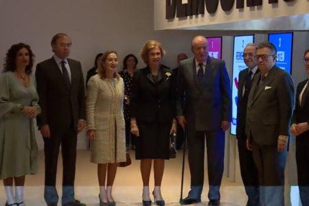 Don Juan Carlos y doña Sofía, juntos en los actos para conmemorar los 40 años de la Constitución