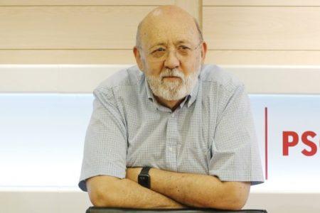 Sánchez gasta 65.000 € para que el CIS de Tezanos le haga una encuesta sobre su administración