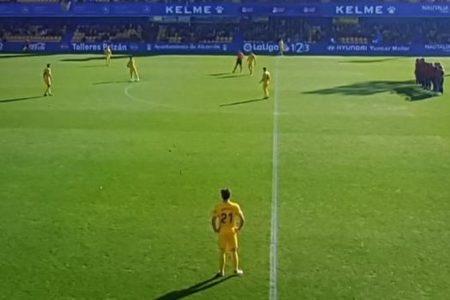 Protesta de los jugadores del Reus en Alcorcón por los impagos