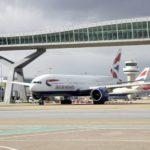 """Cancelados todos los vuelos en Gatwick por la interferencia """"deliberada"""" de varios drones"""