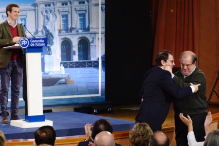 Casado se ofrece para «rescatar al Estado» que Sánchez ha decidido «vender»: «Hay que convocar elecciones generales de inmediato»