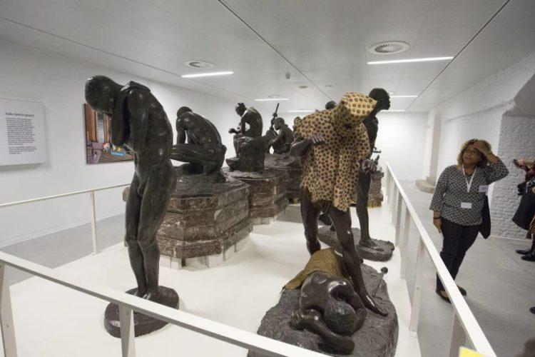"""Bélgica reabre el Museo de África tras """"descolonizarlo"""""""