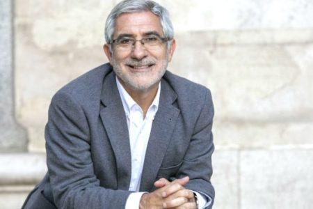 Llamazares se niega a hablar con Garzón hasta que retire la acusación de transfuguismo