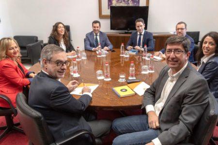 PP y Cs 'chocan' por la composición de la Mesa del Parlamento y por los aforamientos