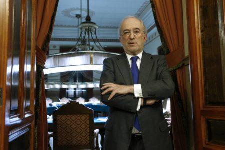 La RAE elige como nuevo director al jurista Santiago Muñoz Machado