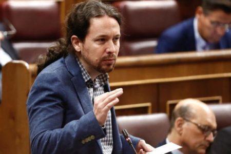 """Podemos quiere convertir en """"electrodependientes"""" a 6 millones de españoles y darles luz gratis"""