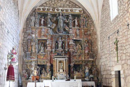 Los insectos se comen un retablo de Vigarny en una iglesia en Burgos
