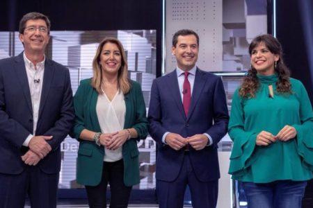 Los andaluces acuden a las urnas en unas elecciones muy abiertas y relevantes a nivel nacional