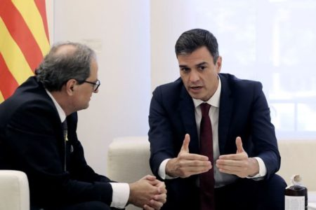 Sánchez y Torra se ven este jueves entre discrepancias sobre formato de la reunión