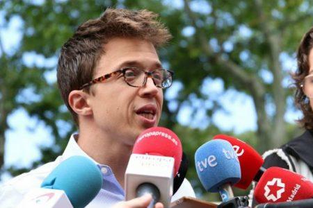 """Errejón no regaña a los votantes de VOX pero les tacha de ignorantes: """"No se leen los programas"""""""