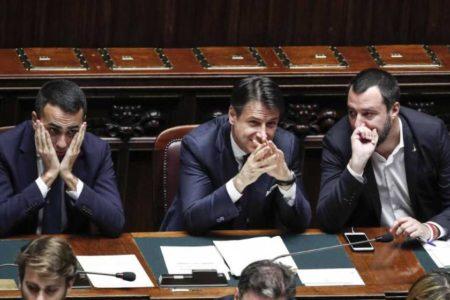 """Italia recorta el """"Presupuesto del pueblo"""" para contentar a Bruselas"""