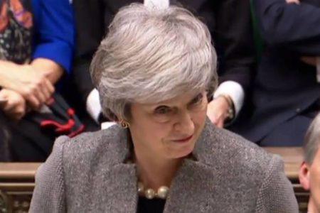 Corbyn anuncia una moción para reprobar a May en el Parlamento por su gestión del Brexit