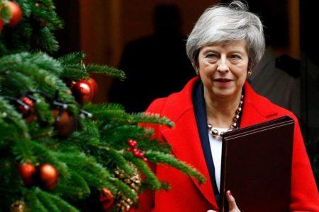 """May advierte del """"riesgo de que no haya Brexit"""" si el Parlamento rechaza su acuerdo con la Unión Europea"""