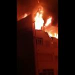 Un joven de 27 años resulta herido de gravedad tras provocar una explosión en el ático en el que se encontraba