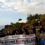 Funcionarios de prisiones y Vox protestan contra Pedro Sánchez en Lanzarote