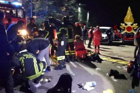 La estampida en una discoteca de Italia pudo deberse a que se excedió el aforo y falló el sistema de seguridad