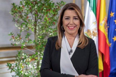 """Susana Díaz avisa de la """"amenaza"""" de una """"regresión histórica"""" en Andalucía por quienes quieren """"vaciar"""" su autonomía"""