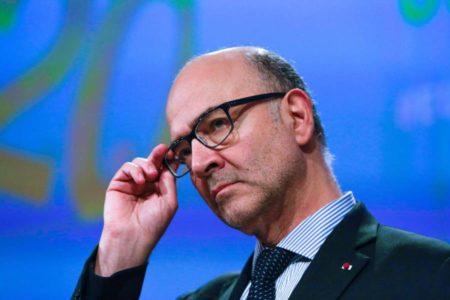"""Bruselas considera """"insuficiente"""" la última oferta presupuestaria de Italia"""