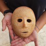 El anillo de Pilatos y una máscara neolítica reavivan la disputa arqueológica en Cisjordania