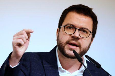 Aragonès llama a no caer en provocaciones y a combatir con pacifismo el «relato falso de la violencia»