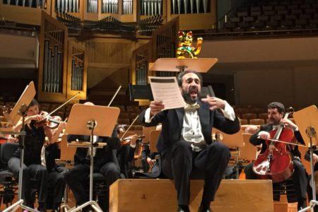 De la tos tísica colectiva al culo de los maestros: cómo desmontar el rito de un concierto