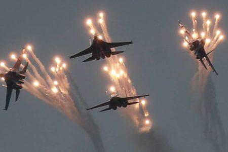 Rusia desplegará una decena de cazas en Crimea en plena tensión con Ucrania