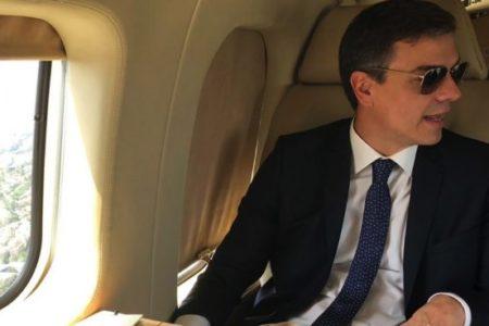 Sánchez gastará al menos 55.000 € en Falcon para sus vacaciones en Doñana y Lanzarote