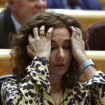 """Montero critica a PP y Cs por su patriotismo """"de bandera"""" tras vetar su techo de gasto"""