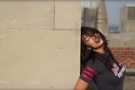El fallido intento de dañar a Ocasio-Cortez con un vídeo de un baile en una azotea de Boston