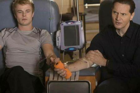 Rejuvenecer con inyecciones de sangre de adolescentes: la última locura de Silicon Valley