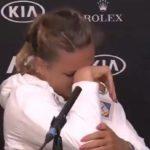 Victoria Azarenka rompe a llorar por su complicada situación personal