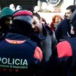 Simpatizantes de Arran impiden a Vox celebrar el acto previsto en Barcelona