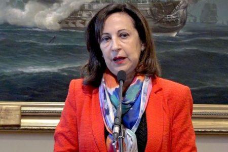 """Robles denuncia una """"campaña de acoso"""" contra el Gobierno: """"No nos han dado ni un minuto de tregua"""""""