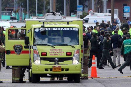 Un atentado con coche bomba en la escuela de la policía de Bogotá deja al menos 10 muertos