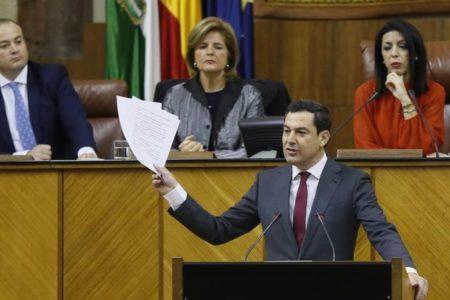 Juanma Moreno, elegido presidente de la Junta de Andalucía con los votos del PP, Cs y Vox